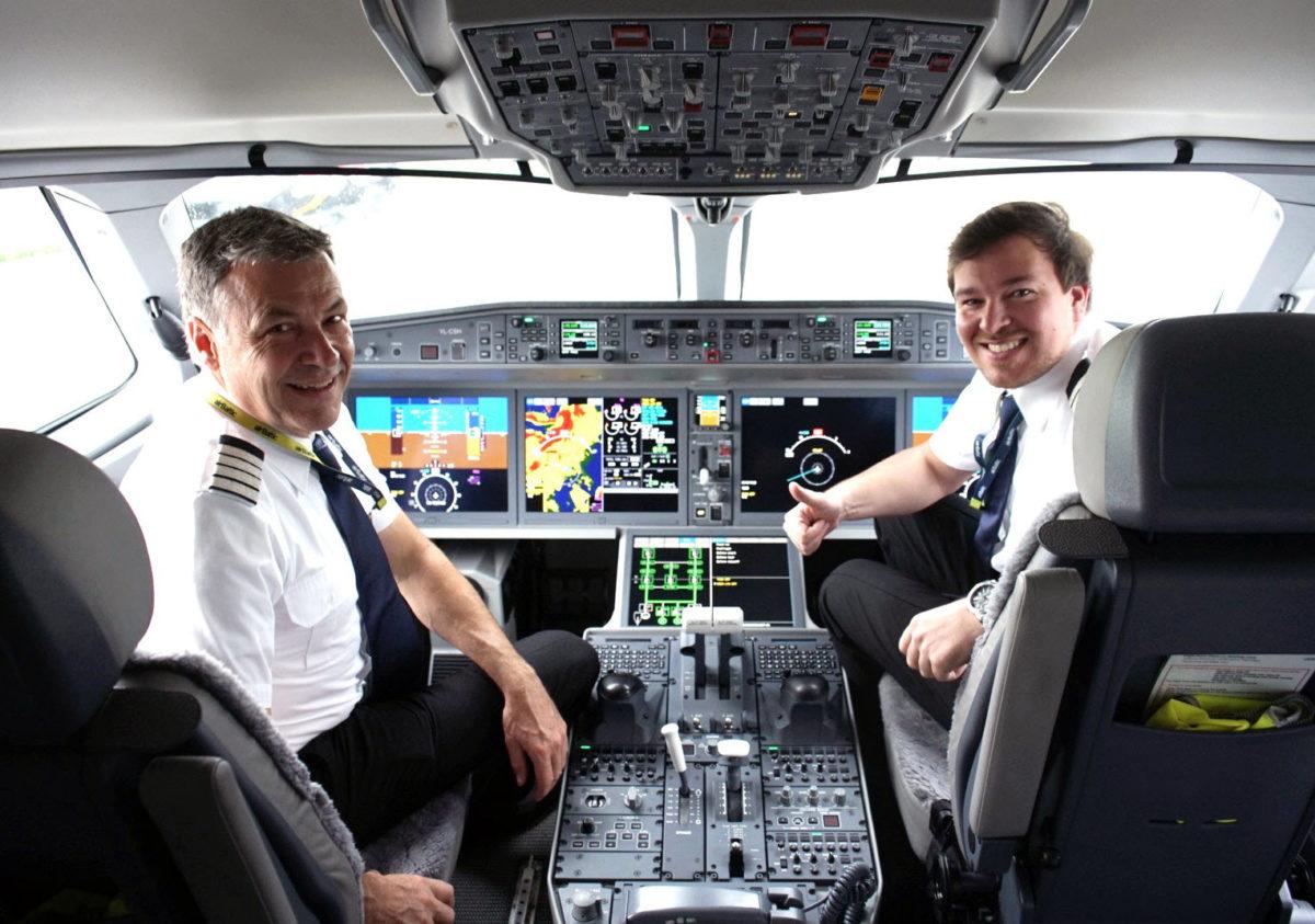 airBaltic lädt ein: Pilot Open Days in Berlin