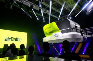 Der neue Flugsimulator Airbus A220 von airBaltic - Copyright airBaltic