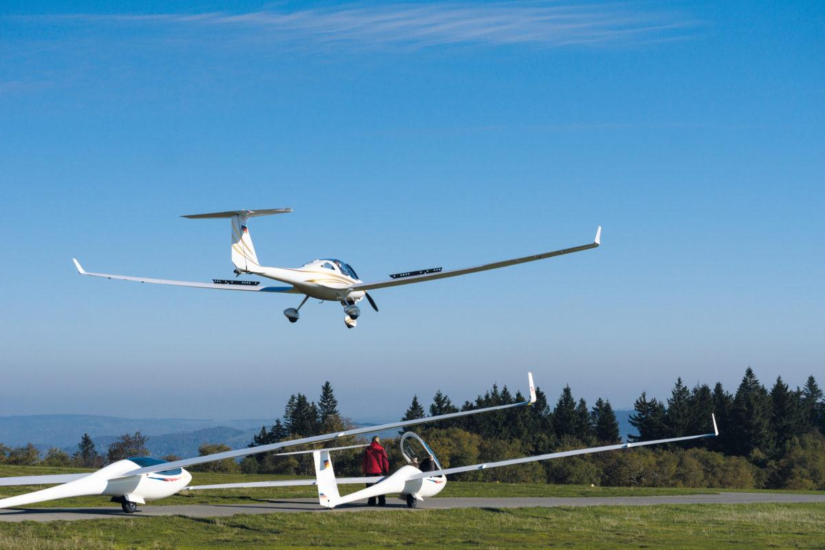 Müller Präzisionswerkzeuge bietet eine kostenlose Pilotenausbildung (CR: AdobeStock/morgem)
