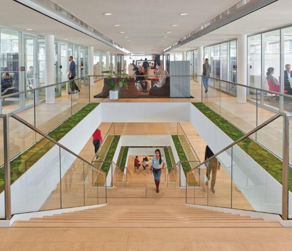 Steelcase eröffnet in München das erste Learning + Innovation Center in Europa 2