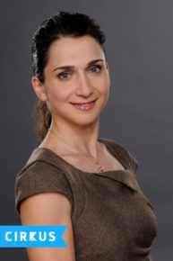 Dr. Chloe Köhler
