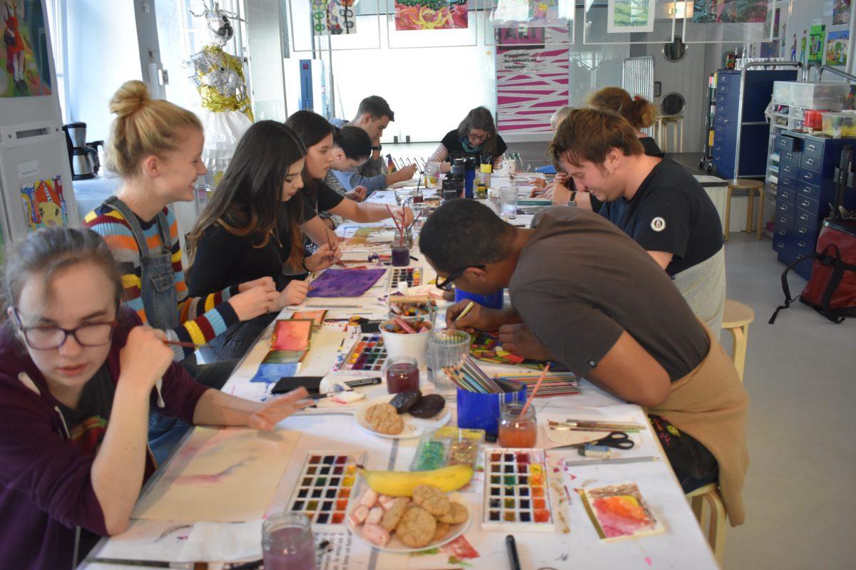 Gemeinsam kreativ werden in der Inklusionswerktstatt von little ART - Copyright little ART