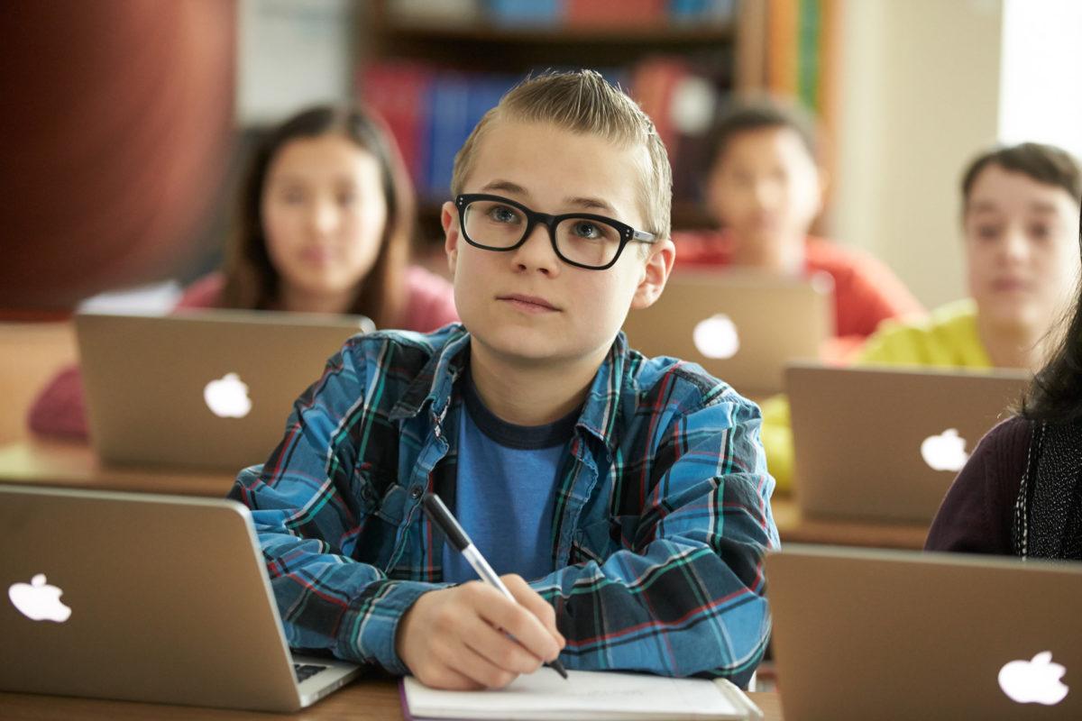 """Mit der Lösung """"Jamf School"""" lassen sich Apple Geräte für den Unterricht effizient und einfach verwalten. (Copyright Jamf)"""