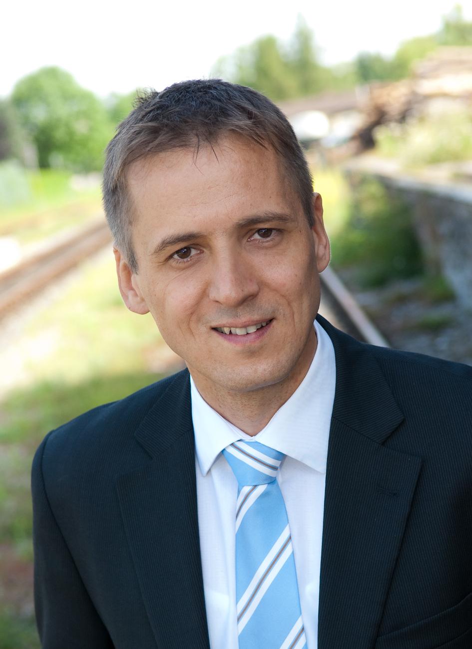 Bernhard Dellekart, Executive Vice President Customer Services und Back Offices bei Ebner (Copyright: Ebner Industrieofenbau GmbH)