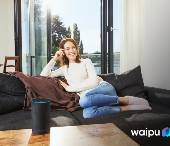 WELTPREMIERE FÜR LIVE-TV: WAIPU.TV PRÄSENTIERT SPRACHSTEUERUNG VIA AMAZON ALEXA